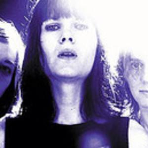 The Juliana Hatfield Three