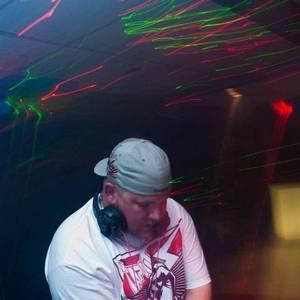 DJ XL