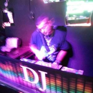 DJ Mr.lucky