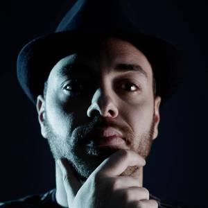 Nikolas Gale