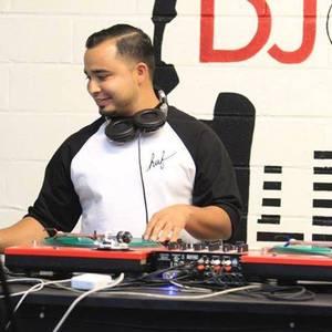 DJ Chris Villa