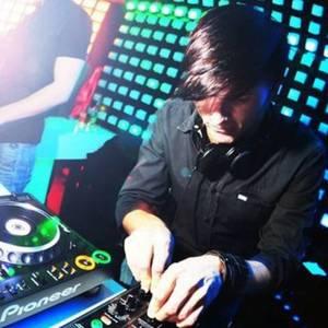 DJ funky dice