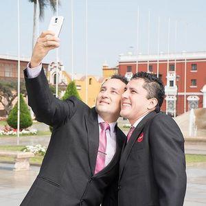 Los Hermanos Villacorta de Trujillo - Alex e Iván -
