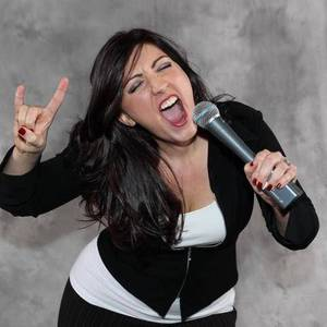 Nikki West