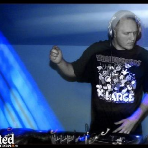 DJ Dee Kline