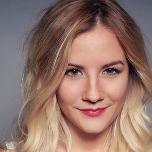 Tamara Stolzenberg Music