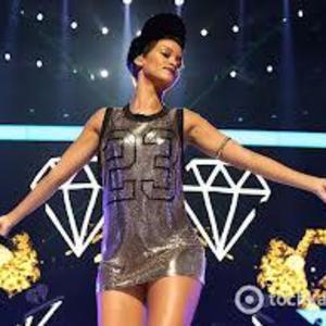 Rihanna Greece