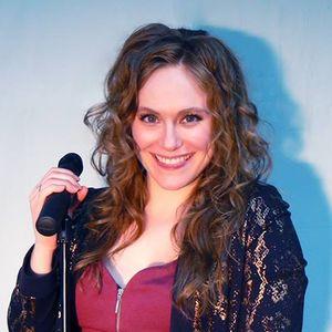 Roxie Lenton