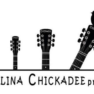 Carolina Chickadee presents
