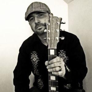 Brian DeFusco solo acoustic guitar