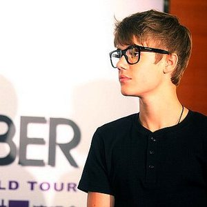 I Love Justin Bieber And I'm Proud Of It