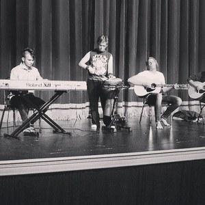 Fringe (Band)