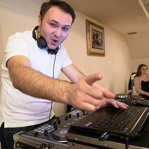 DJ Alex0