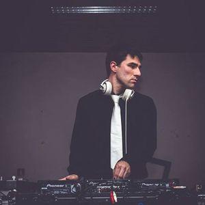 DJ sTiNõ