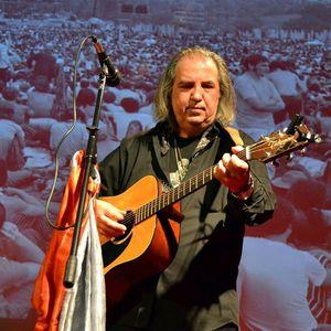 Joe Valeriano Acoustic Trio