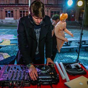 DJ Footloose