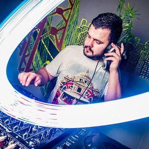 DJ Momo