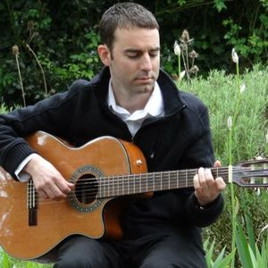 Christian Everett, Classical Guitarist & Guitar Lessons / Music Tuition