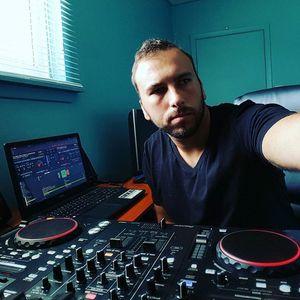 Club Life Entertainment Sound