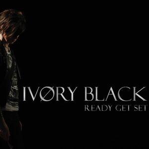 IVØRY BLACK