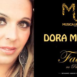 Dora María