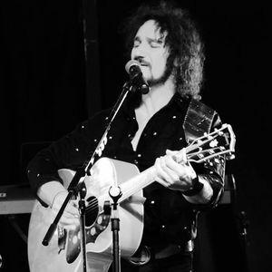 Ron Vincent in Concert Sings Cat Stevens