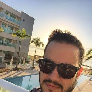 DJ Tuta Menezes