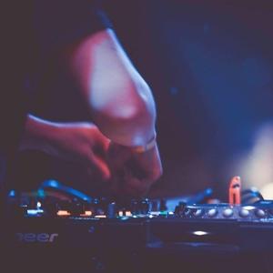Gratum x DmoCobb DJ/Production Services