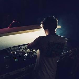 Jason Duffin (DJ)