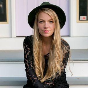 Kirsten Joy