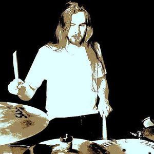 Devin Tomczik Musician