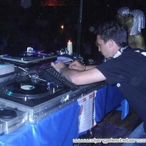 Angel Esteban - Dj & Producer