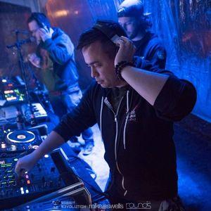 DJ Damien Paul