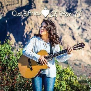 Claudia Arias (cantautora católica)