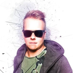 DJ TOM WHITE