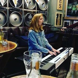 Bandsintown | Emily White (UK) Tickets - The Lodge, Littleover , Jul