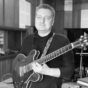 Szabolcs Oláh Musician