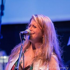 Yvette - Vocalist
