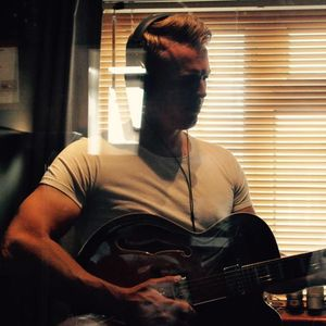 George Simpson (acoustic guitarist/singer)