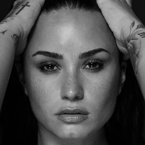 Demi Lovato: Fan Club Oficial Medellin Colombia