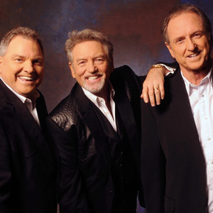 Larry Gatlin & The Gatlin Brothers Band