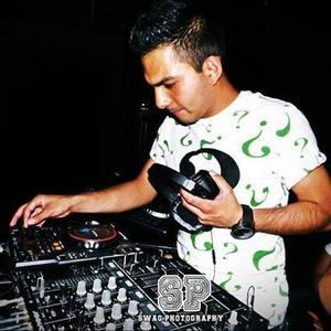 Tronic Sánchez DJ oficial Fan Page