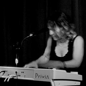 Beth Sass Singer Songwriter