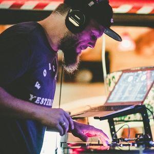 DJ 130DB