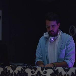 DJ Tiago Silva