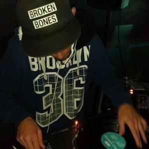 DJ Ziki