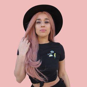Bailey Flores
