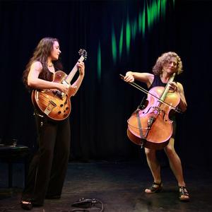 Elis Roseira & Catherine Bent