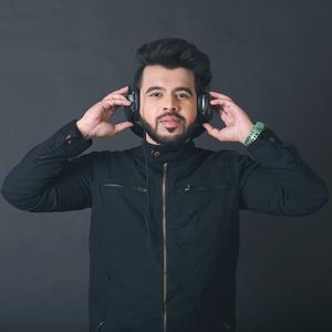 DJ AKEY
