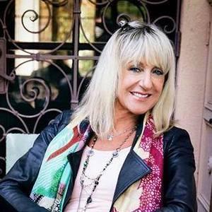 Christine McVie -FanPage-